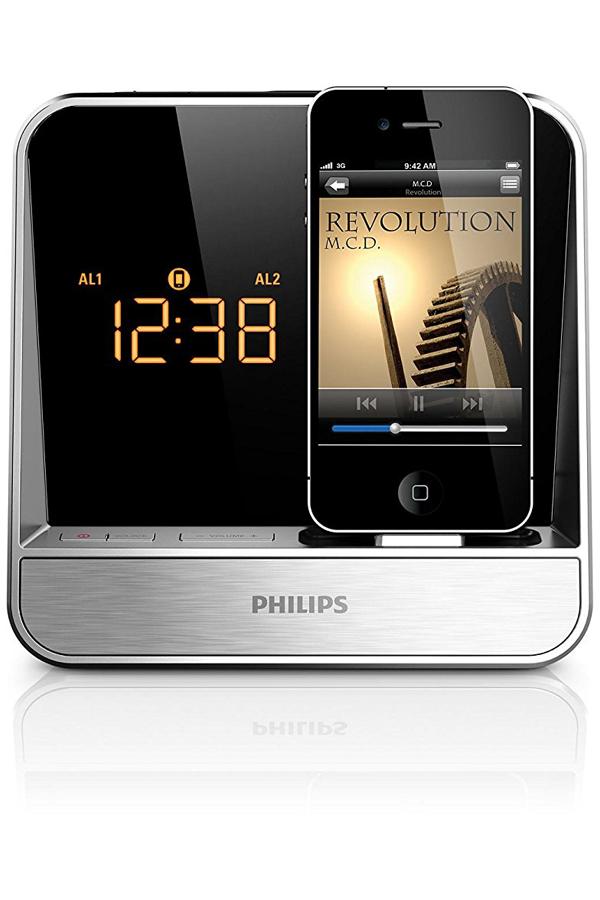 """ Philips AJ5300D/37 Alarm Clock Radio for 30-pin iPod/iPhone (Silver)"""